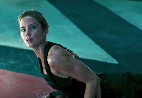 https://nathanzoebl.files.wordpress.com/2014/06/emily-blunt-edge-tomorrow-pic3rf.jpg